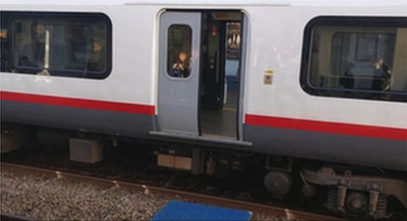Door open on moving Southend train for 23 minutes